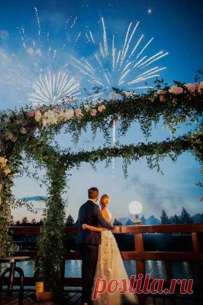 Невесты, сегодня хотим поговорить с вами о завершении свадебного дня. Какой вариант вы бы выбрали для своего праздника?
