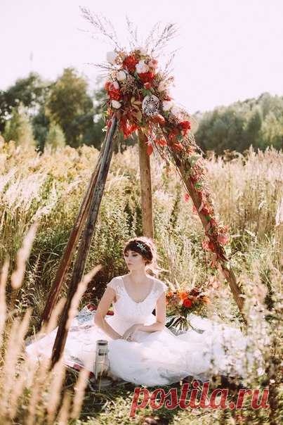 Золото закатного солнца, полевые травы и любовь, которая озаряет все вокруг. Посмотреть продолжение истории: