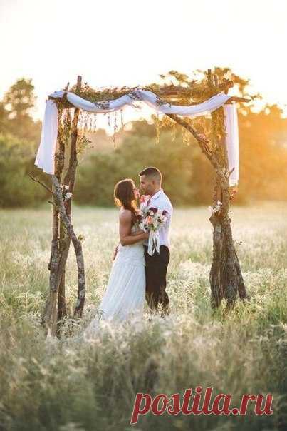 Рустик VS урбан Какой свадебный стиль вам ближе? 👰 #weddywood_опрос