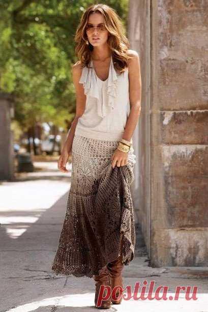 Стильная юбка. Из интернета   Женская одежда крючком. Схемы и описание   Вязание крючком    Прислали по рассылке. Сразу делюсь. Юбка связана на основе схемы платья-сарафана.