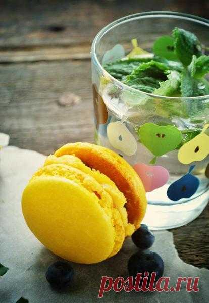 Лимонад с лаймом и тимьяном.