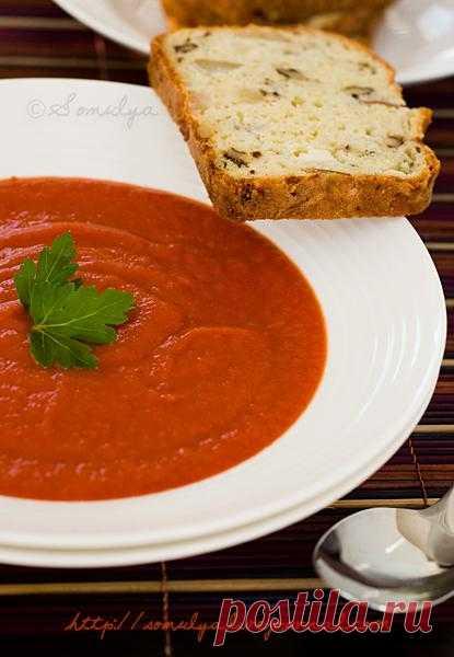 Суп из запеченных перцев и помидор