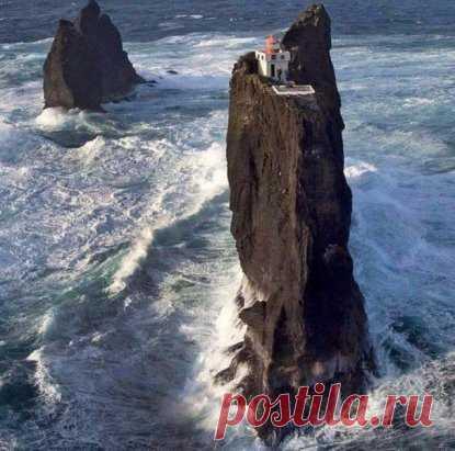Маяк в Исландии - рай интроверта