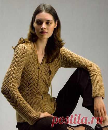 Вязание-спицы Пуловер. Есть схема и описание.