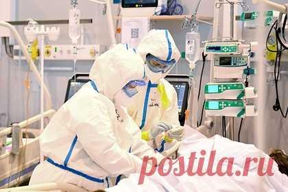 Число больных с COVID-19 на ИВЛ в Москве резко снизилось. В Москве число больных с COVID-19, которые подключены к аппаратам искусственной вентиляции легких (ИВЛ) резко снизилось. Об этом в воскресенье, 18 июля сообщает ТАСС со ссылкой на оперативный штаб по контролю и мониторингу распространения коронавируса. На сегодняшний день к аппаратам подключены всего 577 человек.