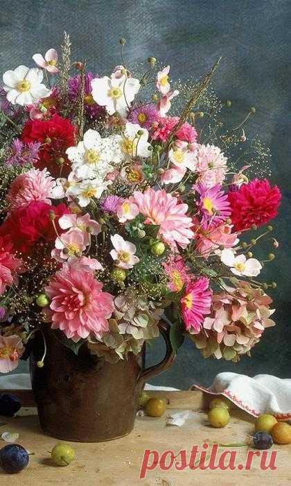 Как вырастить цветы и заставить их цвести в любой день, когда потребуется.