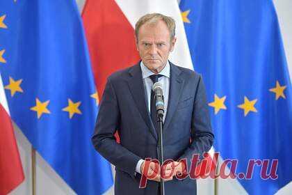 Назван сценарий возможного распада Евросоюза. Евросоюз может распасться, если страны организации подобно Венгрии и Польше будут «наносить вред» ей. Такой возможный сценарий развития событий назвал бывший глава Евросовета Дональд Туск. В частности, он признал, что сейчас имеет место «последовательное ужесточение отношений между Польшей и ЕС».