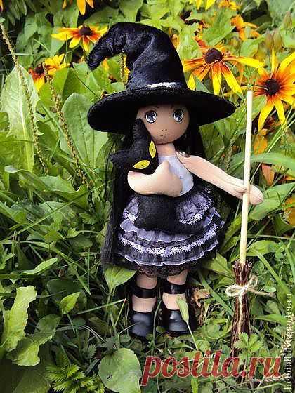 """Коллекционая текстильня куколка """"Маленькая ведьмочка"""" - подарок,сувенир"""