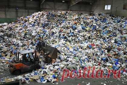 Израиль решил радикально бороться с пластиком. Правительство Израиля объявило о новой радикальной программе борьбы с пластиковыми отходами. Власти решили удвоить налоги с продаж импортных и произведенных в стране товаров из перерабатываемых полимеров. Реализация плана начнется в первые месяцы 2022 года.