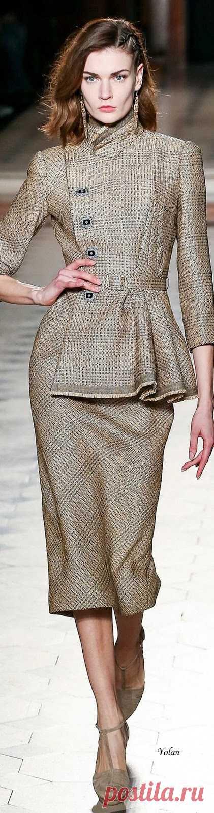 Sueños compartidos : Spring 2020 Haute Couture Julien Fournié