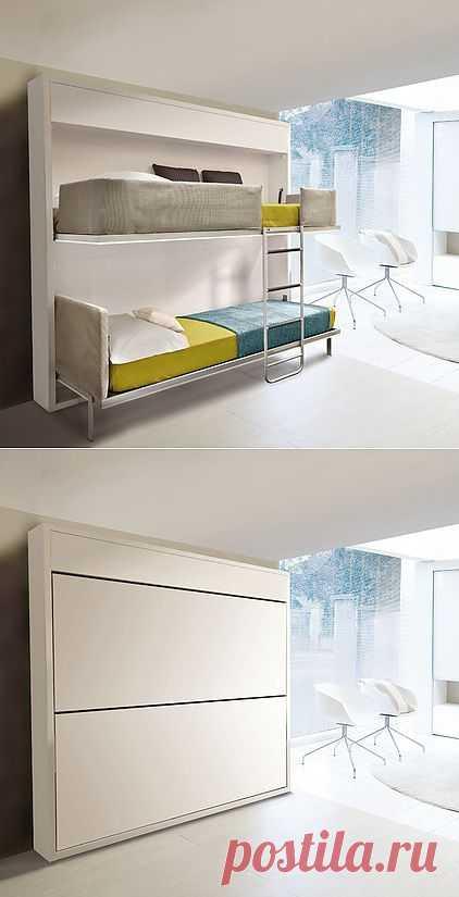 2 кровати в шкафу
