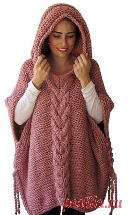Стильное пончо с капюшоном — универсальная и уютная вязаная одежда…