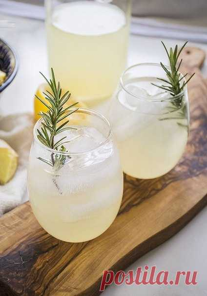 Имбирный лимонад. Освежающий, бодрящий, в меру сладкий - он идеален!