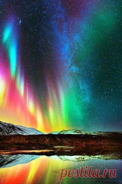 Невероятные краски северного сияния
