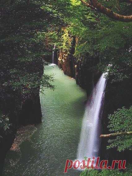 Ущелье Такатихо, Япония.
