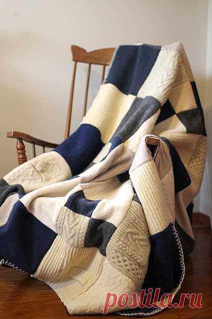 Дизайнерский плед из старых свитеров.