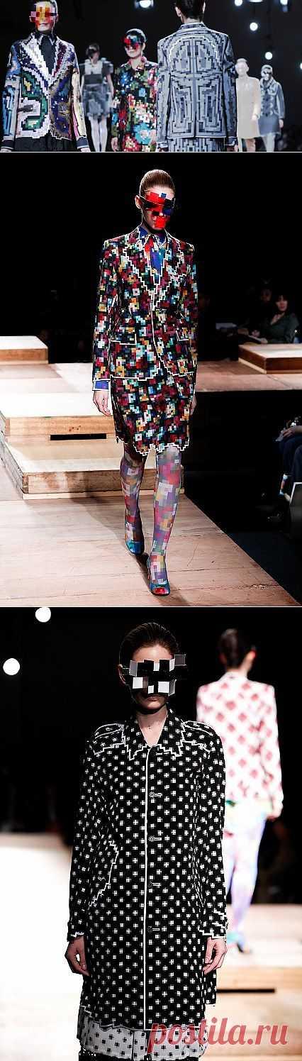 8-bit Fashion. Anrealage Fall/Winter 2011 Tokyo (трафик) / Дизайнеры / Модный сайт о стильной переделке одежды и интерьера