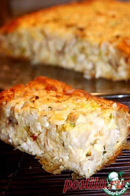 Греческий деревенский пирог с курицей.