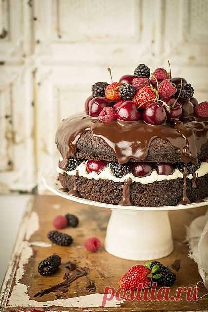 Необычный шоколадный торт на пиве.