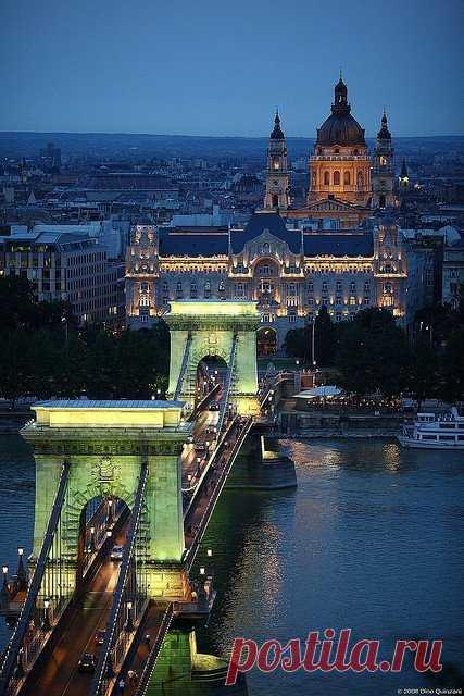 Шедевр венгерского зодчества - цепной мост, Будапешт