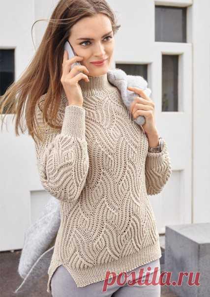 Свитер с рельефным волнообразным узором Красивый рельефный узор этого свитера привлекает внимание, а практичная пряжа из шерсти и хлопка делает модель очень приятной в носке. РАЗМЕРЫ  38/40 (42/44) 46/48  ВАМ ПОТРЕБУЕТСЯ  Пряжа (52% овечьей шерсти, 48% хлопка; 120 м/ 50 г) — 500 (550) 600 г кремовой; спицы №4,5; круговые спицы №4.  УЗОРЫ И СХЕМЫ  РЕЗИНКА  Число петель должно быть нечетным. Каждый ряд начинать и заканчивать 1 кромочной.  Лицевой ряд: * 1 изнаночная, 1 лицев...