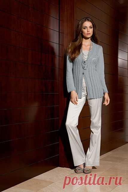Элегантный классический жакет для женщин до 52 размера спицами – схема вязания с описанием