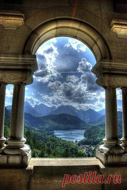 Вид из замка Нойшванштайн, Бавария