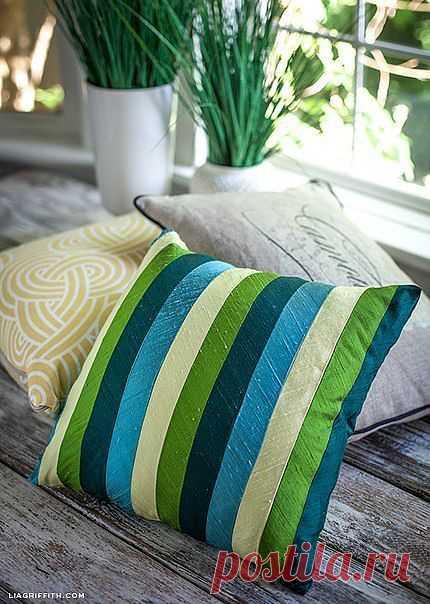 Красивый чехол на подушку из атласных лент | My Milady