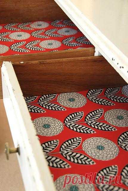 Аккуратный ящичек в шкафу. Источник хоть и на иностранном языке, но все довольно понятно: ткань, пропитка для ткани (клей или спец.средства), ножницы и двухсторонний скотч.