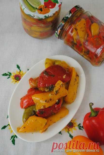 Маринованный перец по-грузински Из данной порции получается 2 баночки и блюдце перца, чтобы сразу попробовать и насладиться вкусом  Понадобится:1 кг очищенного сладкого перца;1 головка чесноканебольшой пучок петрушки1 ст.л. хмели-…