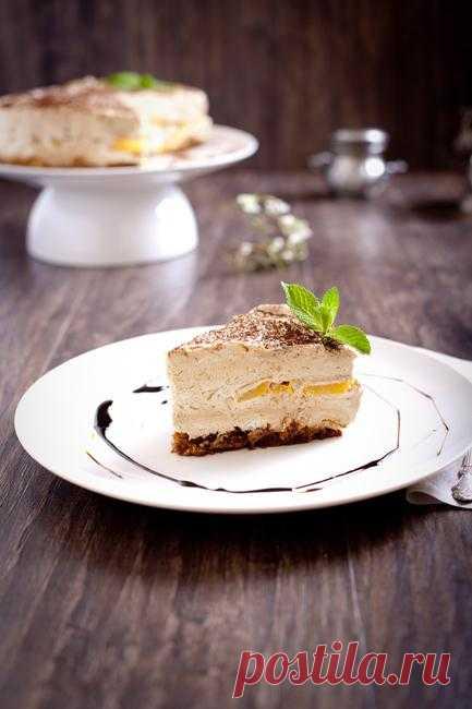 Торт за 30 минут! Кофейный мусс с персиками и бискивитом.