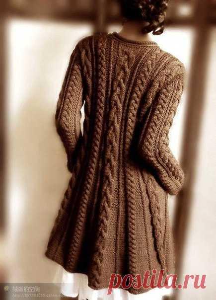 Пальто с узором из кос. Теплое пальто спицами описание   Домоводство для всей семьи.