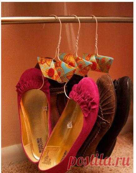 Как сделать вешалки для обуви.
