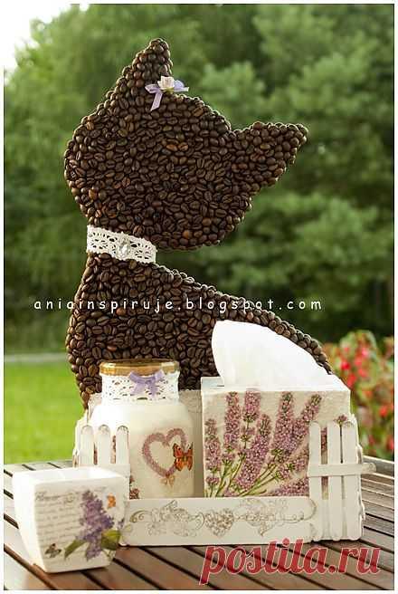 Кофейная кошечка с лавандовым садиком) Декоративная композиция для кухни