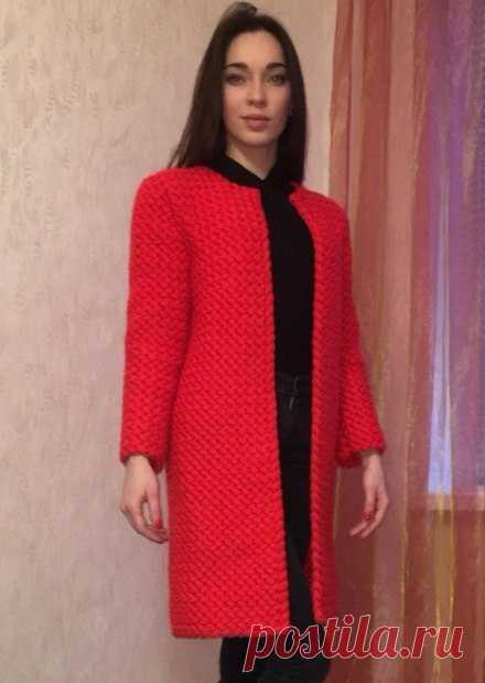 красное пальто крючком вязаные пальто постила