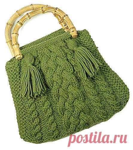 Рельефная сумочка из Berroco!