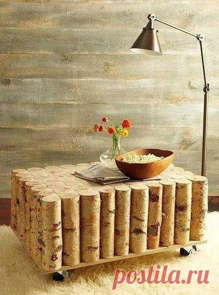 Прелестный столик из полешек