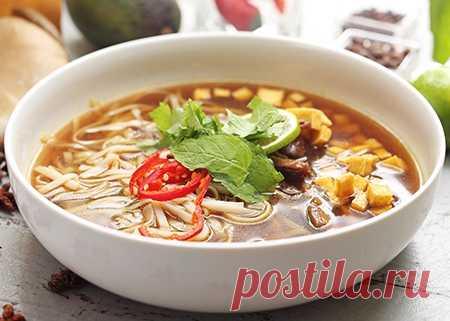 Тайский веганский суп с тофу
