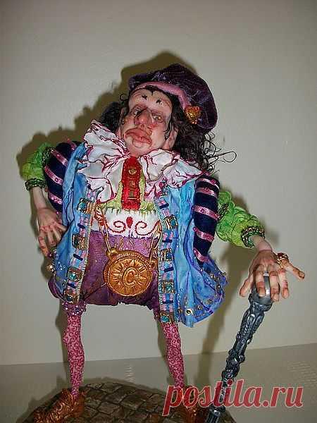 Марина Скияскиа. США      marina90_2003@mail.ru   Куклы выполнены из полимерных пластиков,тканей,на проволочном каркасе.