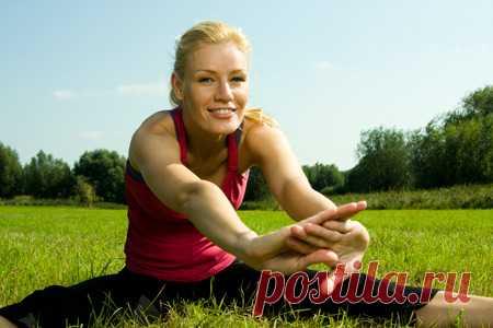 12 упражнений с разминкой и растяжкой: комплекс от Илзе Лиепы. Фитнес