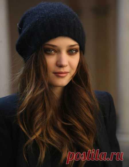 Какую шапку можно носить под женское пальто? Женский журнал Delafe.ru