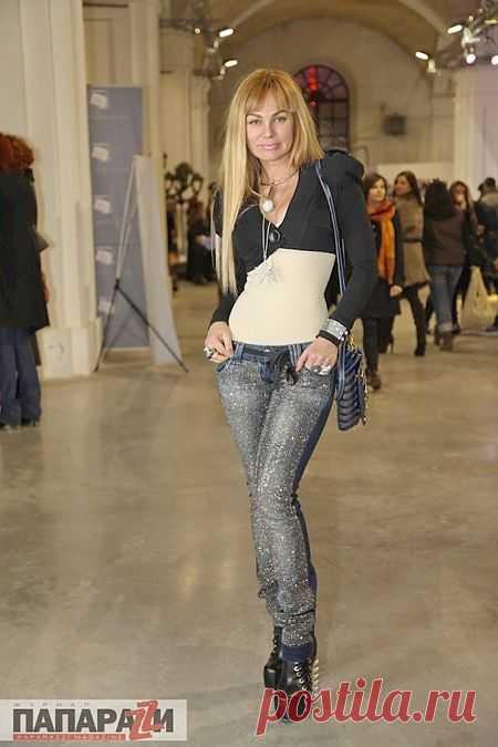 Джинсы с глиттером / Переделка джинсов / Модный сайт о стильной переделке одежды и интерьера