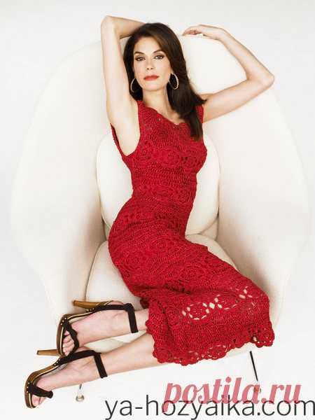 Вязаное красное платье крючком