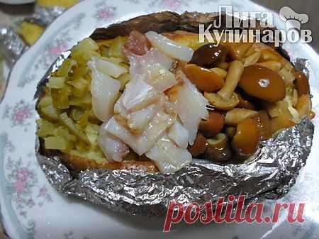 Картофель запеченный в фольге с наполнителями — рецепт пошаговый от Лиги Кулинаров