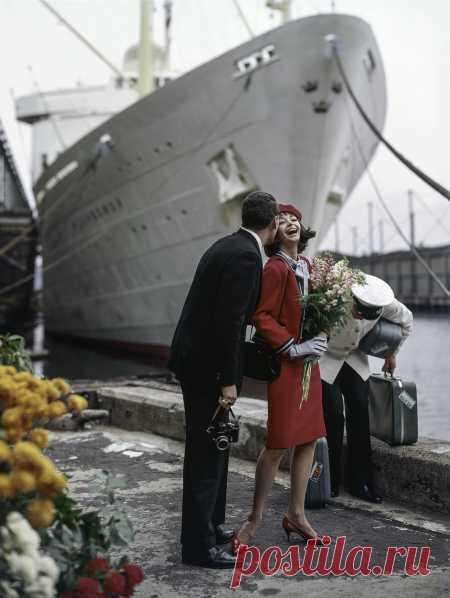 + The Amsterdam, 1950's | © Pleasurephoto