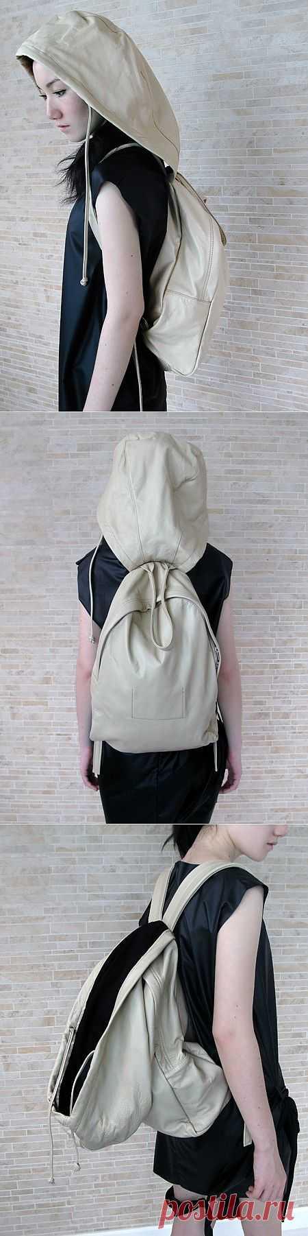 Ещё один рюкзак с капюшоном / Сумки, клатчи, чемоданы / Модный сайт о стильной переделке одежды и интерьера
