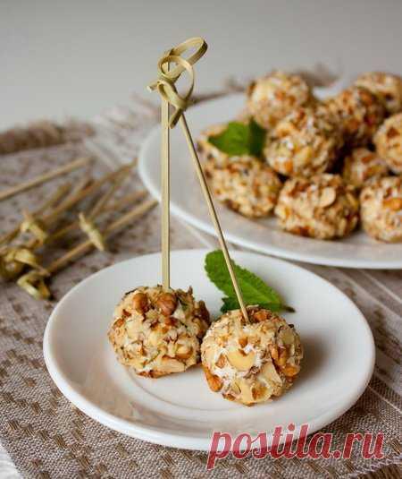 Рецепт шариков из феты с грецкими орехами на Вкусном Блоге