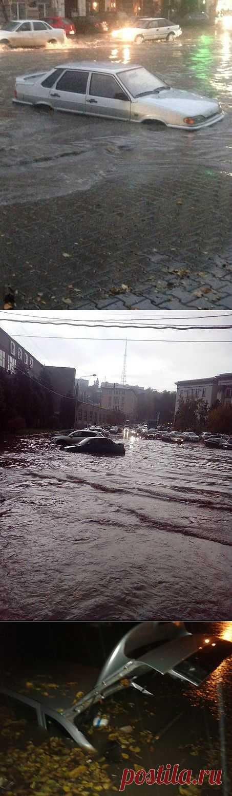 Небывалый потоп в Ростове-на-Дону : НОВОСТИ В ФОТОГРАФИЯХ