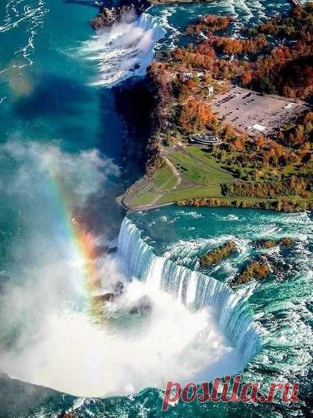 Niagara Falls - a look from above.\u000d\u000a\u000d\u000aActually falls not one, but three. They are located on the Niagara River therefore are collectively called one. Two of them please and admire tourists, and the third is...