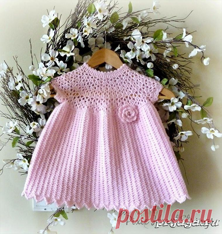 Платье малышке крючком